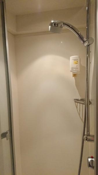 夜行列車に乗ったら、シャワー室を使うべし