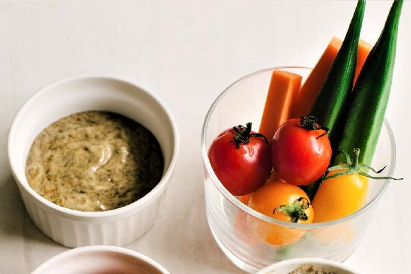 岩のりマヨネーズディップとゆで野菜