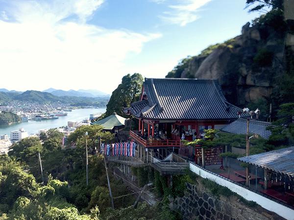 ロープウェイから見た千光寺本堂