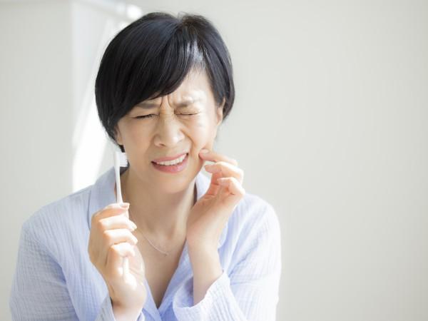 歯周病は治らない病気なの?進行を抑える方法は?