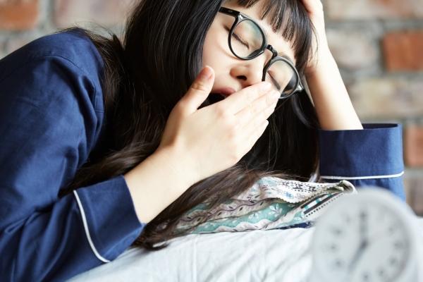 睡眠時間は最低でも6時間は必要