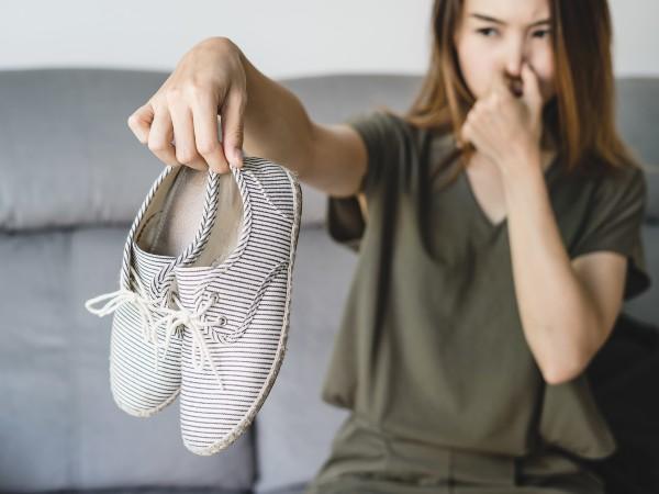 靴が臭くなるのはなぜ?