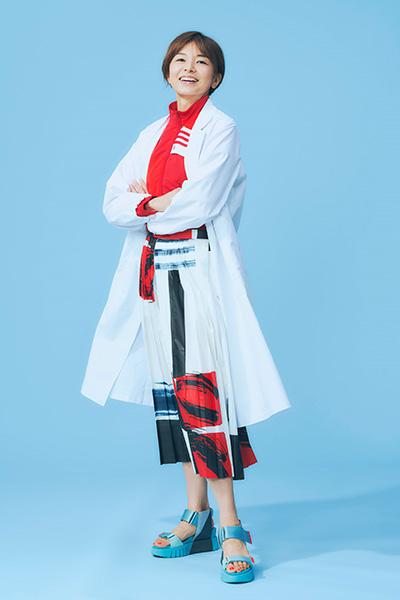 山口智子さん演じる茶子先生のファッション