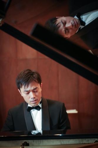 小泉 耕平(こいずみこうへい)さん ピアノ演奏
