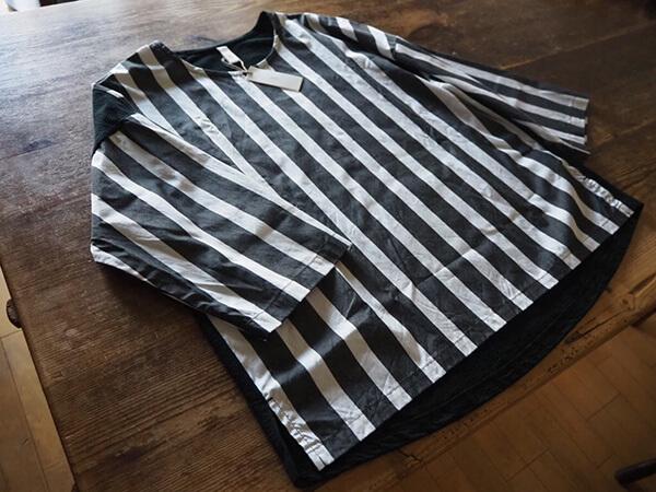 ストライプのシャツ