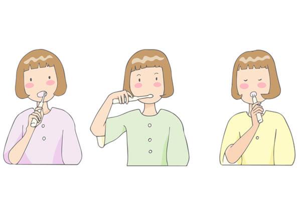 手順2:音波式電動歯ブラシで磨く