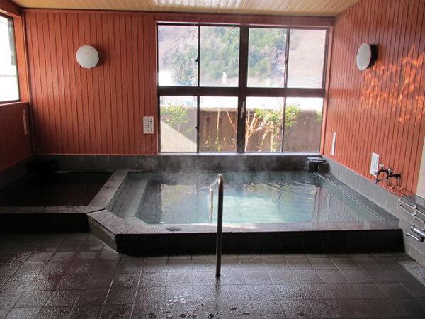 山梨県の三里温泉