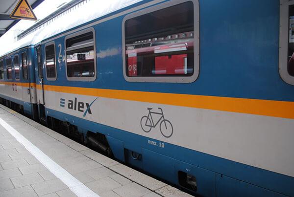 列車にも駅にも、合理的なドイツ流がいろいろ