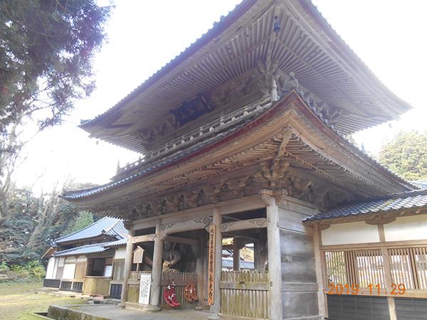 3日目のミニトリップの永光寺の山門
