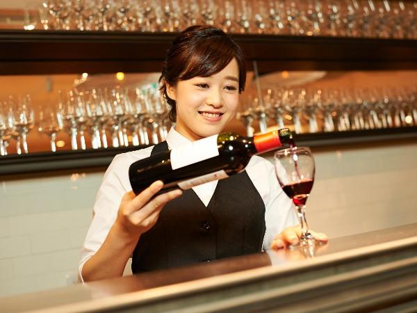 ワインソムリエにはどうすればなれるの?