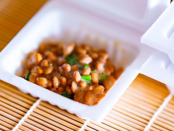 賞味期限切れの納豆は食べても大丈夫?
