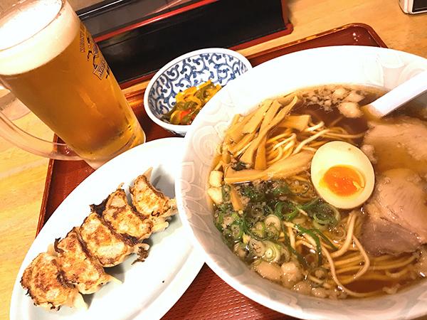 尾道ラーメン食海で餃子セット