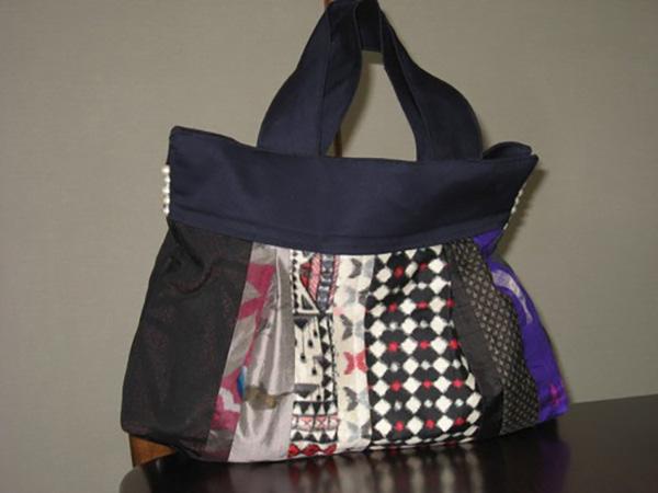 銘仙をつなげて作ったお気に入りのバッグ