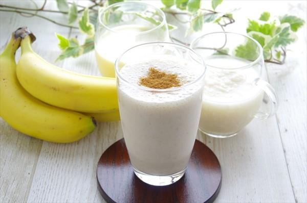 小腹の足しに!豆乳グルト・甘酒の腸活バナナジュース