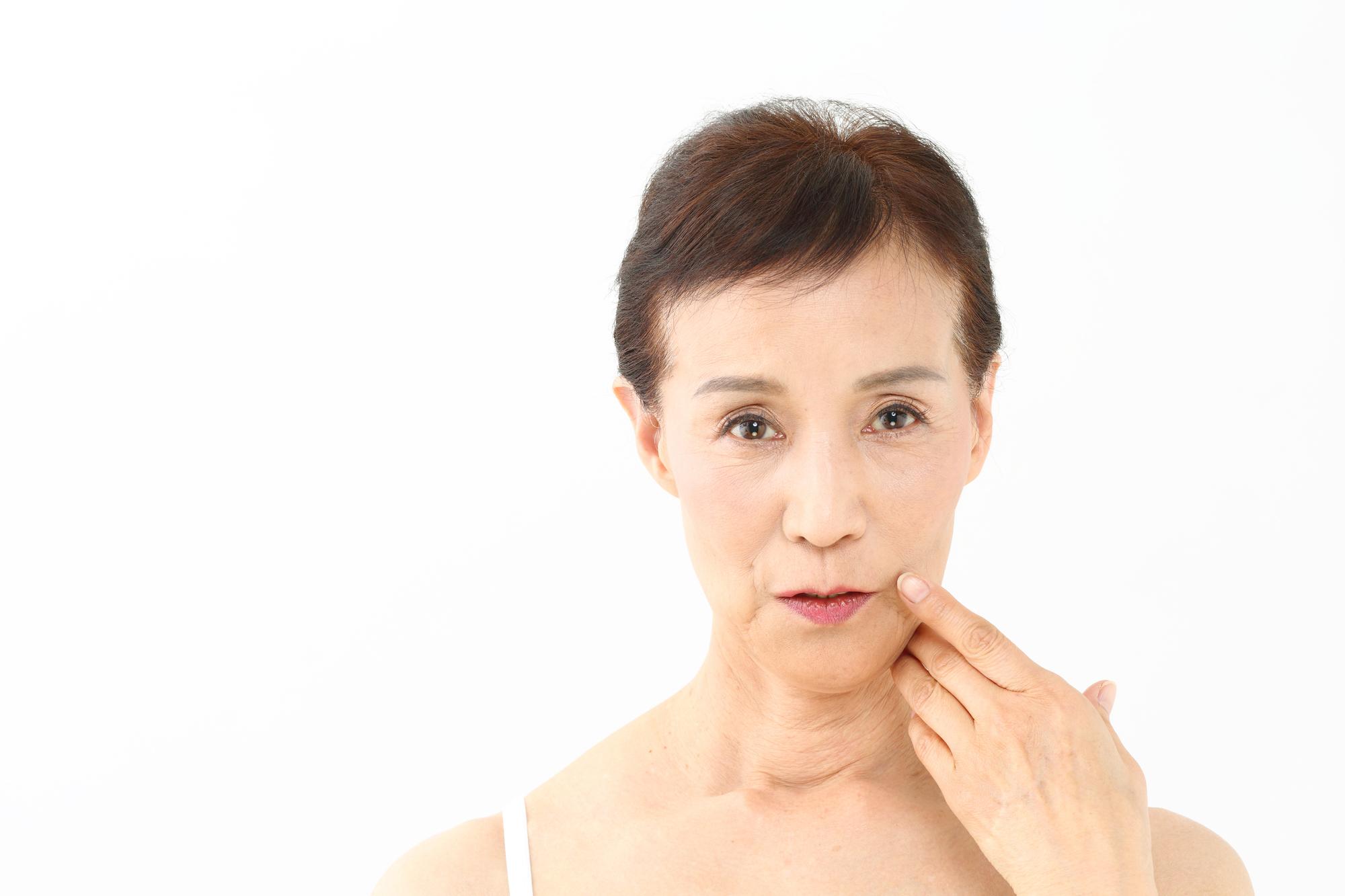 お肌のシワ、がんや関節痛もAGEが原因!?