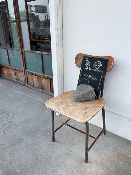 懐かしい雰囲気のカフェ「awatenvou」