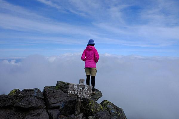 羅臼岳の頂上