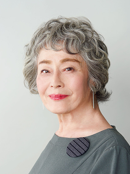 白髪染め卒業歴7年 三上甫左子さん(73歳)