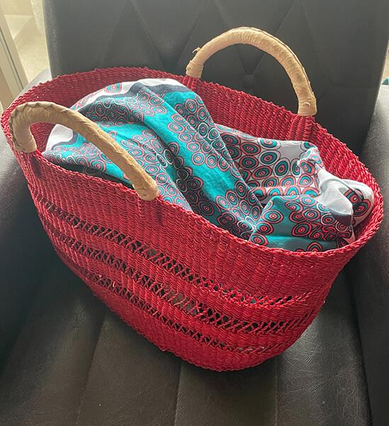 ロンハーマンの赤いカゴバッグ