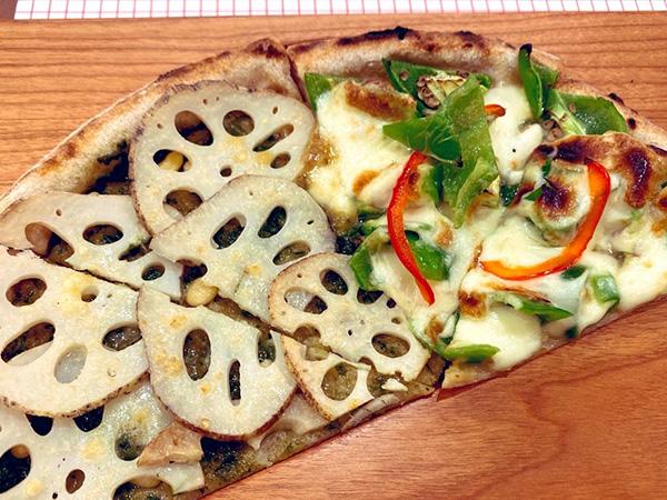 「れんこんと甘唐辛子のピザ」