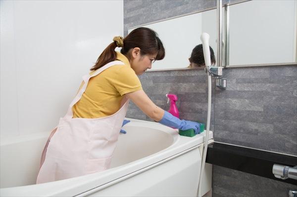 お風呂掃除の方法:皮脂汚れの落とし方