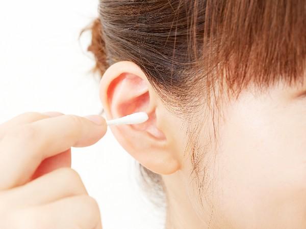 耳掃除はしない方がいいって本当?
