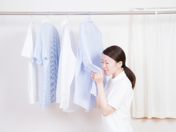 部屋干しで洗濯物が臭わないようにするには?