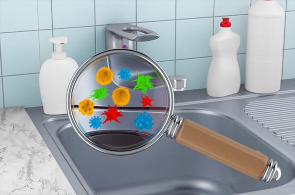 キッチン排水溝のヌメリ・悪臭の原因は?