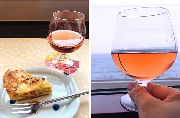 (左)3便の「夕日セット」(ロゼワインとキッシュ)(右)海に沈む夕日をイメージしたワイン