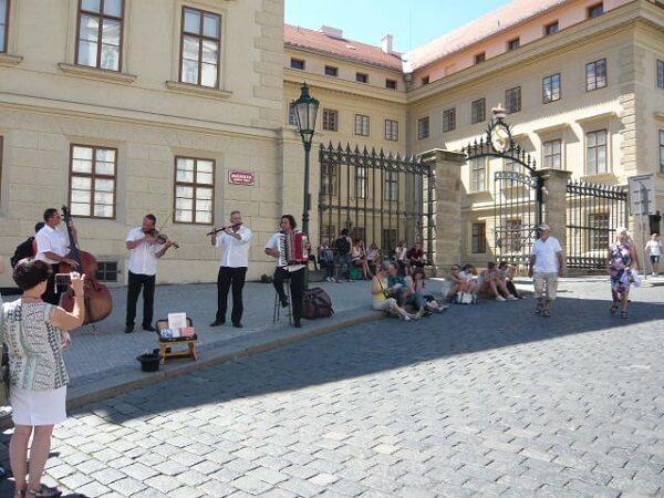 プラハの夏は暑かった
