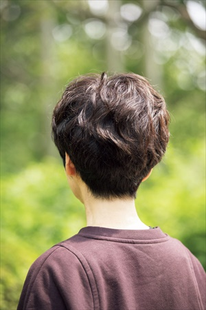 徳田郁子さんの髪型(バック)
