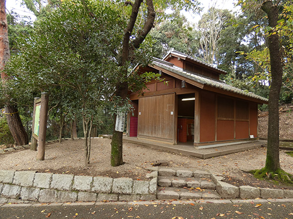 大吉山展望台にはトイレもある