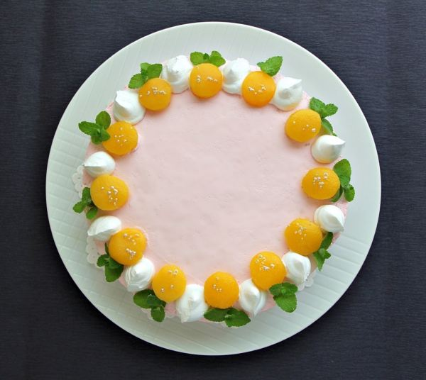 21cmサイズのレアチーズケーキ