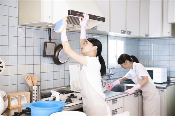換気扇掃除はクリーニング業者へも依頼可能
