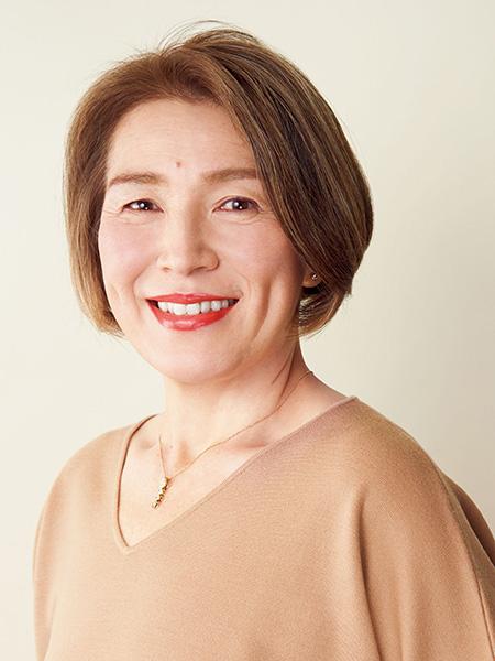 白髪染め卒業歴約2年 大久保麻衣子さん(51歳)