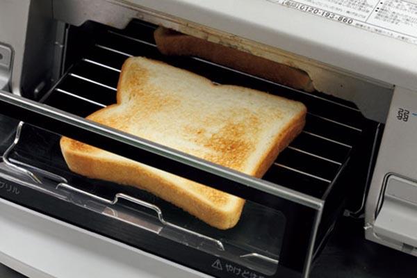 魚焼きグリルで食パンがおいしく焼けるって本当?