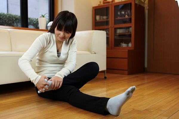 足指ストレッチの手順4:逆の足も手順を繰り返す
