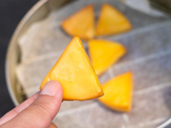 チーズの燻製の作り方