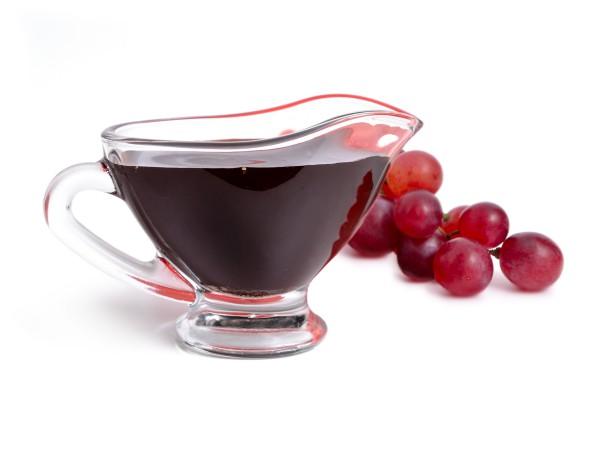 ワインビネガーとバルサミコ酢の違い