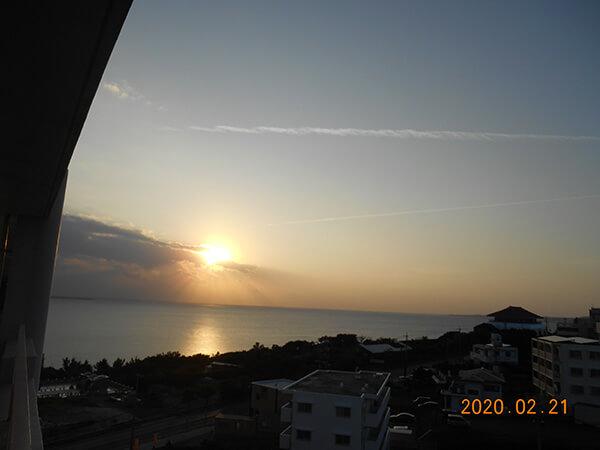 沖縄の夕日がきれいでした