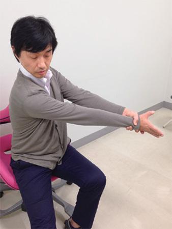 腰痛・ひざ痛・肩こり予防:ハムストストレッチ、肩甲帯の筋膜リリース