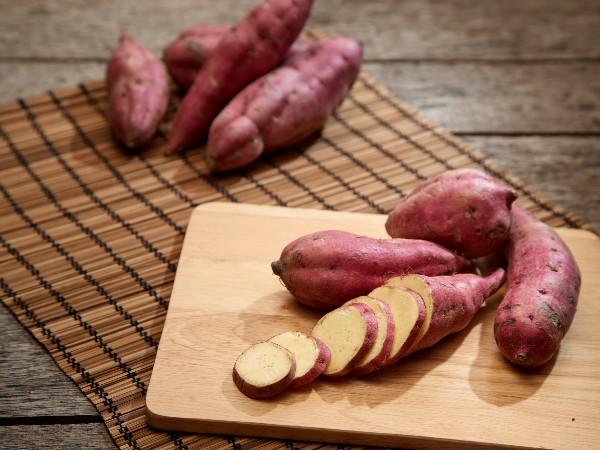 サツマイモの皮は栄養豊富って本当?食べた方がいい?