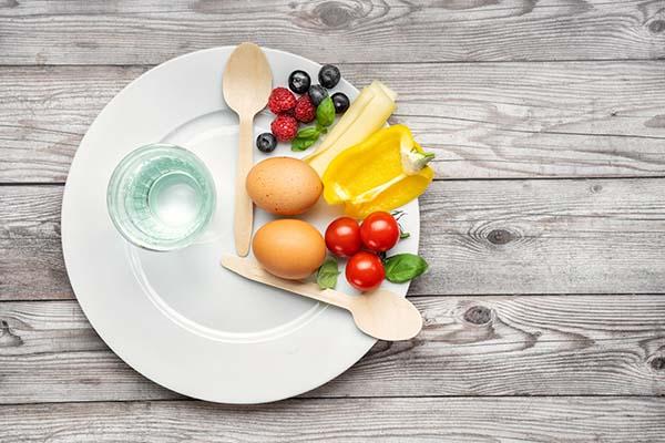 16時間断食&糖質制限で1日1食を豪華に楽しむ