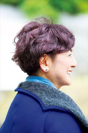 江波戸玲子さんの髪型(バック)