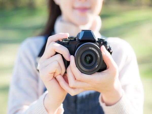 ミラーレスカメラとは?一眼レフカメラとどう違うの?