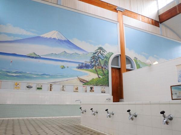 銭湯の絵師は日本に数人しかいないって本当?