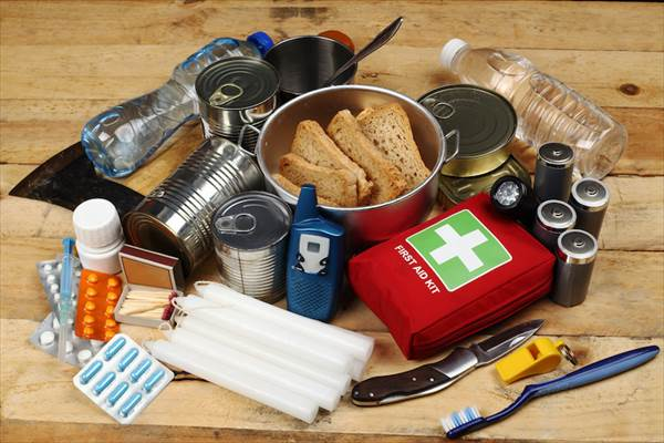 災害に備えて食料や日用品を備蓄しておくことが大切