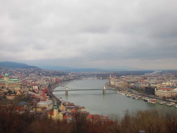 ハンガリのドナウ川