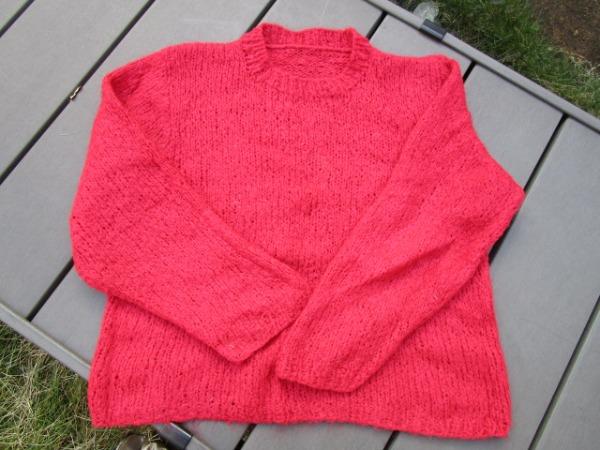 ザルツブルクの毛糸で編んだセーター