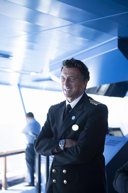 特別に操舵室に潜入して、イケメン船長にご対面
